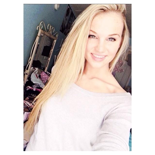 Samantha Dahlborg (MAINE 2014) Ccd34410