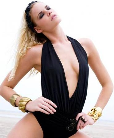 Christina Zapolski (SOUTH CAROLINA 2014) Uqviqd10