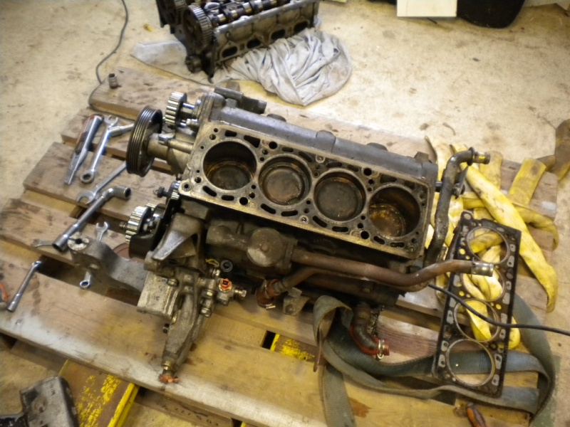 fiat coupe t16 en mode restauration complete  Dscn4116