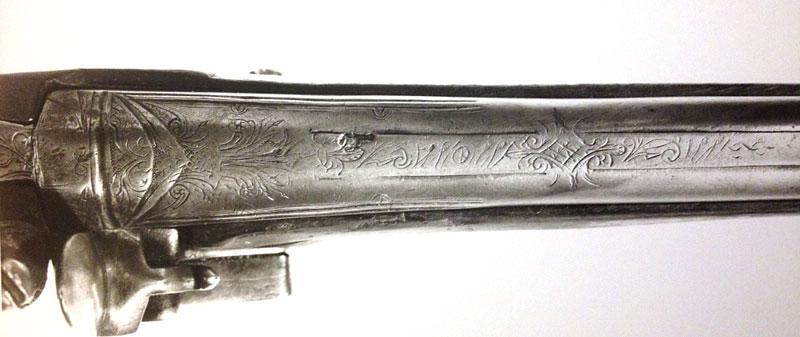 Un pistolet à silex Longsi13