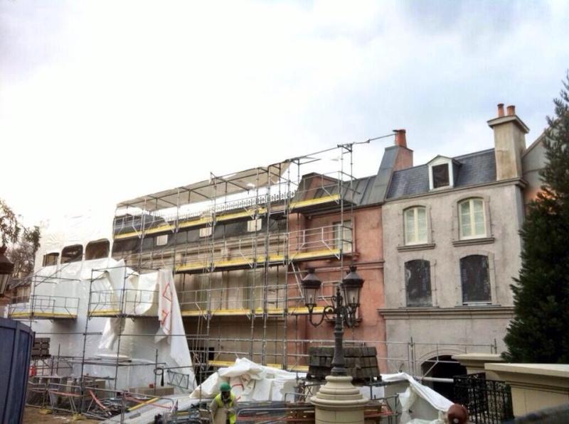 """Construction du Dark Ride  """"Ratatouille - L'Aventure Totalement Toquée de Rémy """"pour 2014 - Page 39 10001510"""