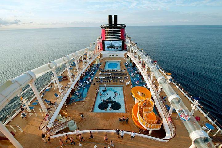 Disney Cruise Line,  Les Croisières  Disney - Page 14 10122010