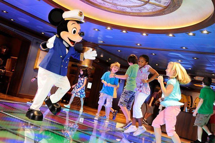 Disney Cruise Line,  Les Croisières  Disney - Page 14 12093110