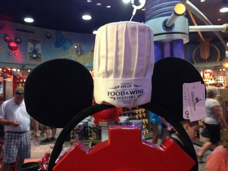 Le Merchandising sur les parcs Disney dans le monde - Page 6 13758510