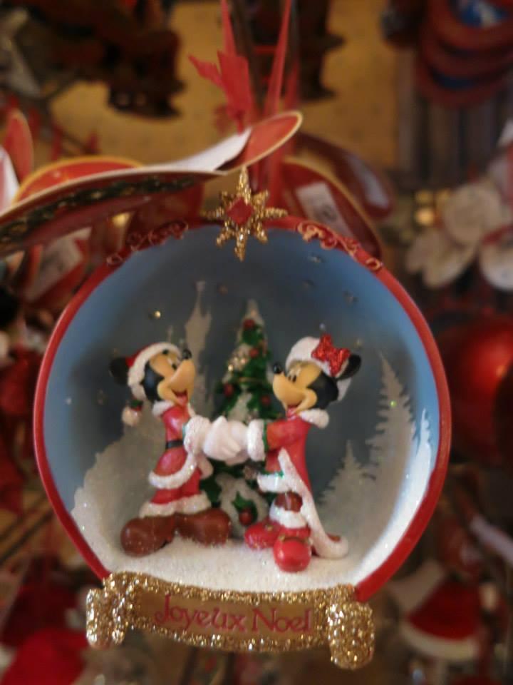 Articles de Noël 2013  13770211