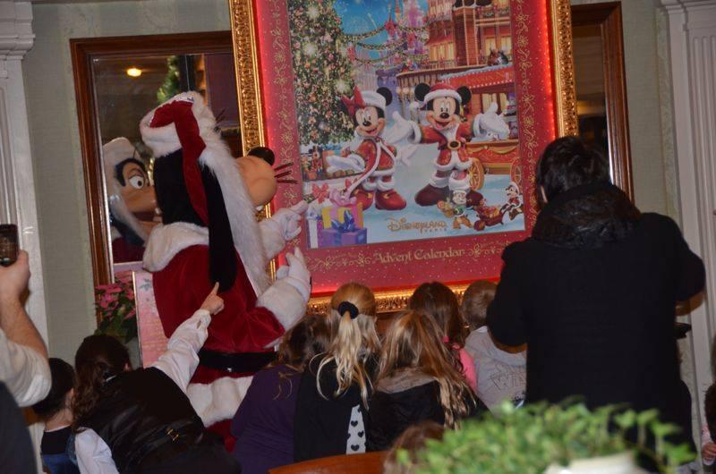 Le Noël Enchanté Disney (du 10 novembre 2013 au 6 janvier 2014)     - Page 26 14842110