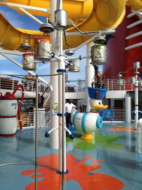 Disney Cruise Line,  Les Croisières  Disney - Page 15 1487_110