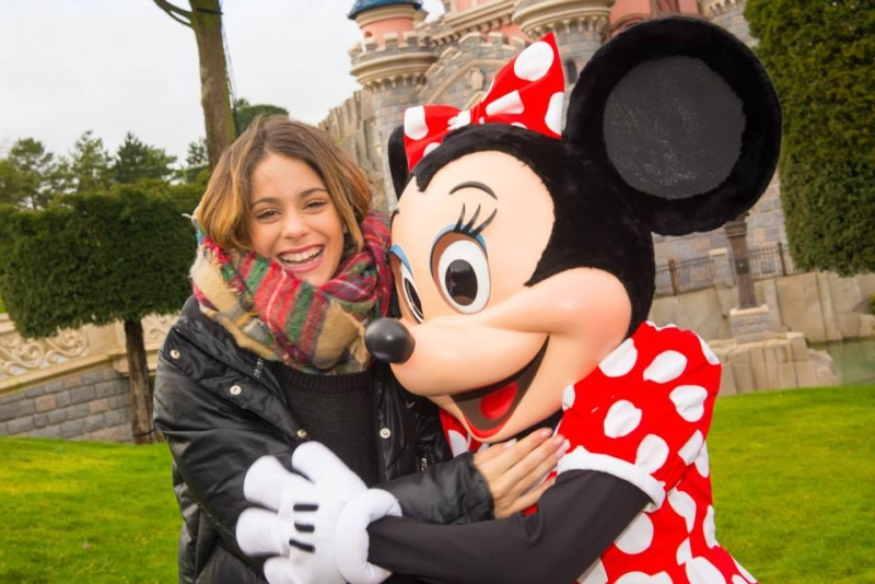 Martina Stoessel Violetta à Disneyland Paris 16015510