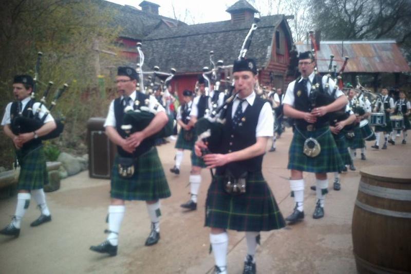 La St Patrick Day le 17 mars et le Welsh festival  (7 au 9 mars 2014) - Page 7 52453310
