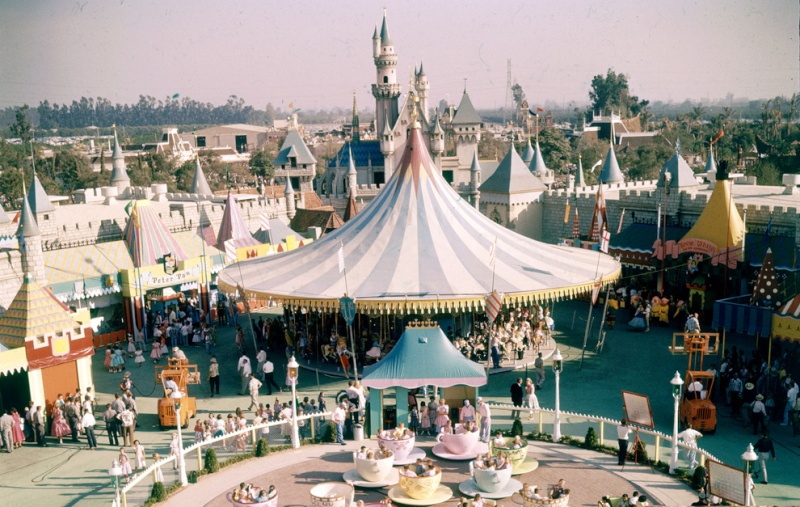 Disneyland Californie - Page 28 Enhanc19