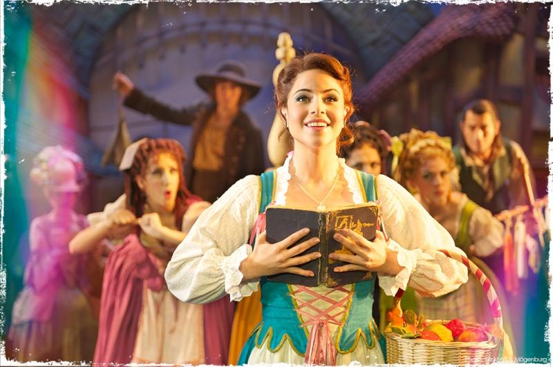 La Belle et la Bête - Le Musical de Brodway La-bel10