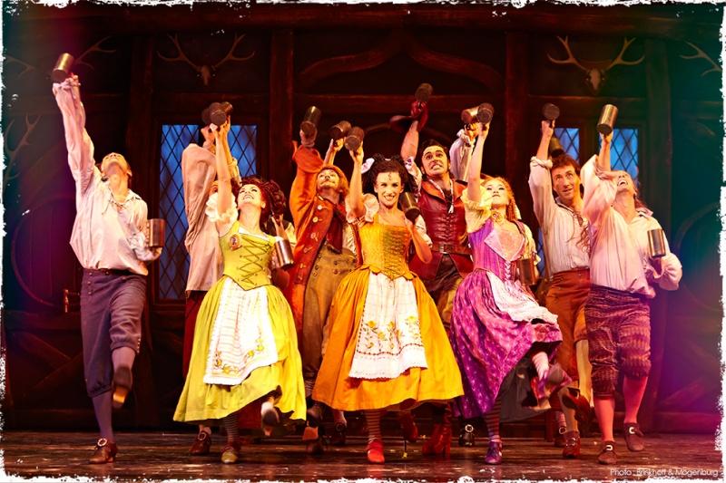 La Belle et la Bête - Le Musical de Brodway La-bel11