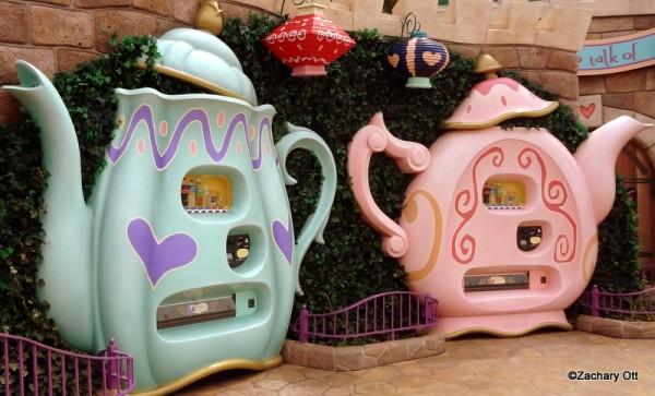 Tokyo Disneyland - Page 31 Tea-cu10