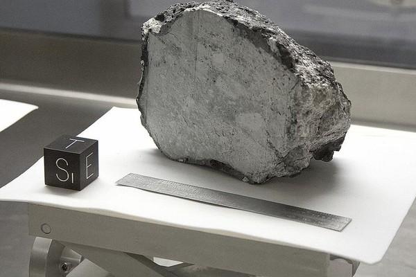 Oui des hommes ont bien marché sur la Lune, voici quatre preuves irréfutables Sans_t21