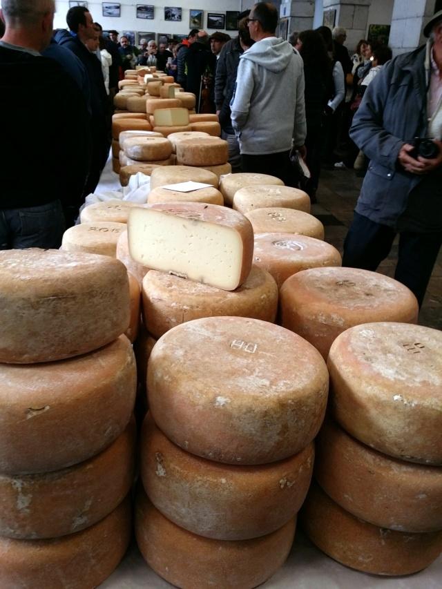 La foire au fromage de Laruns 2018 - Page 2 20181018