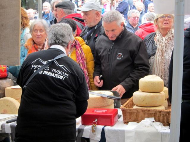 La foire au fromage de Laruns 2018 - Page 2 Img_7212