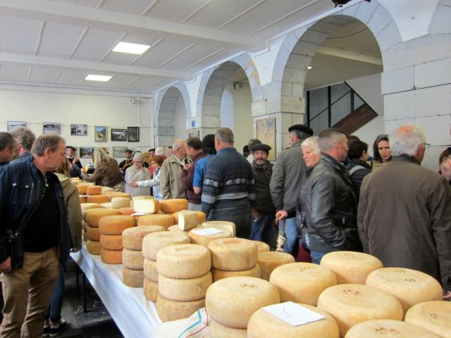 La foire au fromage de Laruns 2018 - Page 2 Img_7217