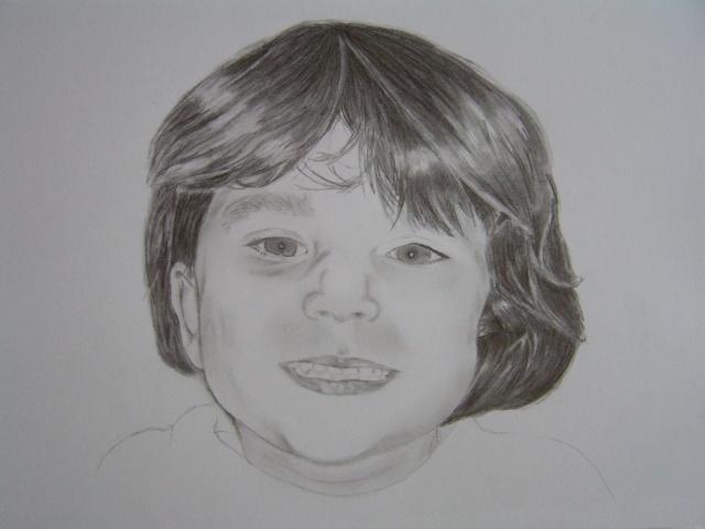 Petite fille [graphite]  Pict0610