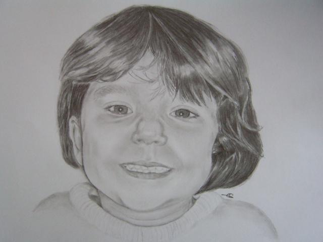Petite fille [graphite]  Pict0612