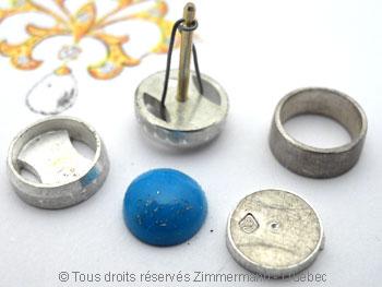 B.O. en argent avec pierre ronde opaque cabochon en serti clos  Boac0610