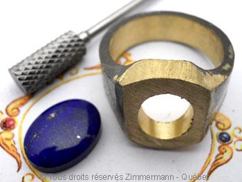 Chevalière or avec lapis-lazuli, à partir d'un lingot d'or de 102 grammes Cvoc0214