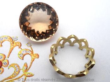 Pendentif or avec une morganite de 12,40 carats ( 14,9 mm de diamètre ) Peof1310