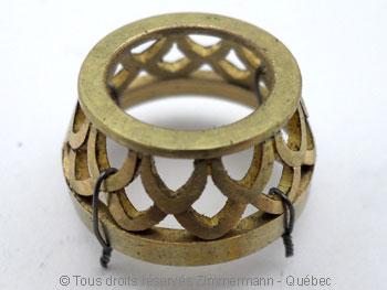 Pendentif or avec une morganite de 12,40 carats ( 14,9 mm de diamètre ) Peof1313
