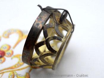 Pendentif or avec une morganite de 12,40 carats ( 14,9 mm de diamètre ) Peof1314