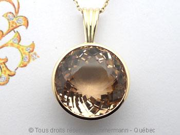 Pendentif or avec une morganite de 12,40 carats ( 14,9 mm de diamètre ) Peof1318
