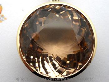 Pendentif or avec une morganite de 12,40 carats ( 14,9 mm de diamètre ) Peof1319