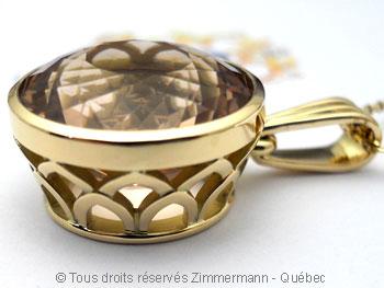Pendentif or avec une morganite de 12,40 carats ( 14,9 mm de diamètre ) Peof1320