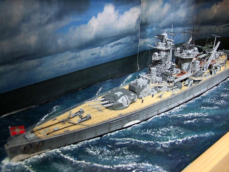 German pocket battleship Admiral Graf Spee - Page 2 Dscf5262