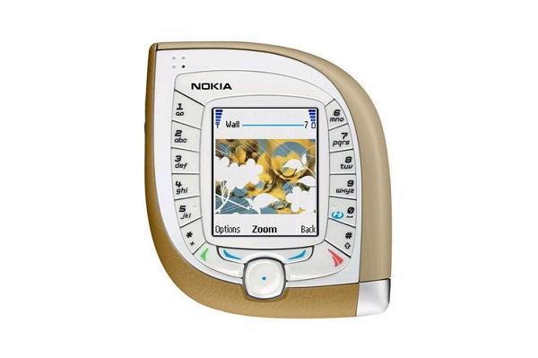 Telefonat që bënë historinë e NOKIA-s  Nokia_15
