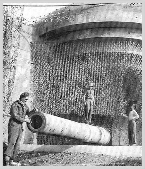 Artillerie de defense cotiere lourde - Page 1 A_frei10