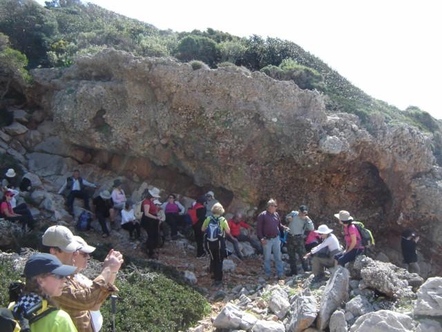Η ΤΟΥΛΙΠΑ ξεναγεί τον ΠΟΑ στα μονοπάτια του Καβομαλιά. Dsc05222