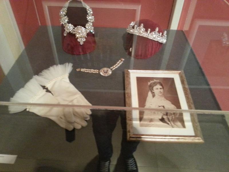 les bijoux de l'impératrice Sissi 20121010