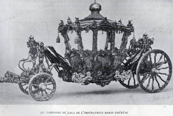Les carrosses et les calèches impériaux Carros11