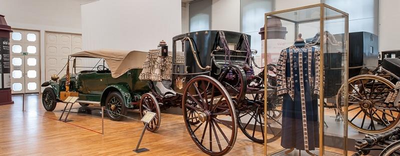 Les carrosses et les calèches impériaux Visit210