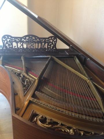 Pianos Mustel Img_2113