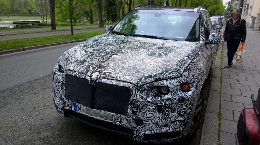 2017 - [BMW] X7 [G07] - Page 2 Bmw_x711