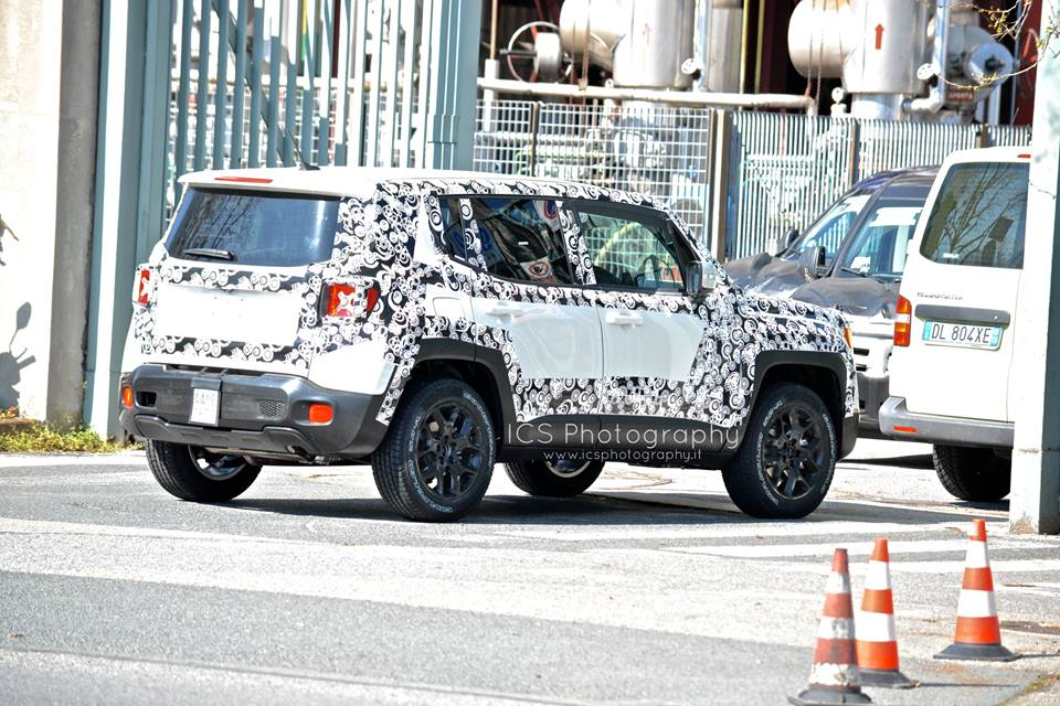 2014 - [Jeep] Renegade - Page 8 Ics_310