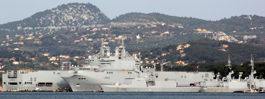 [Les ports militaires de métropole] Port de Toulon - TOME 1 - Page 6 Img_1314