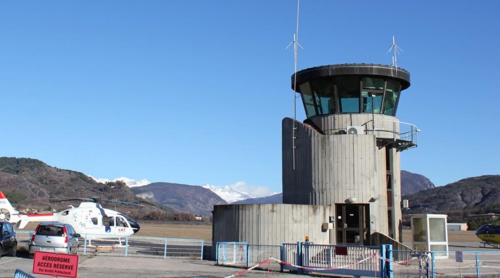 Aérodrome de Gap-Tallard [LFNA-GAT] Serrec12