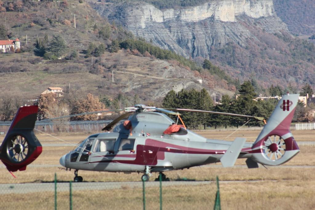 Aérodrome de Gap-Tallard [LFNA-GAT] Serrec17