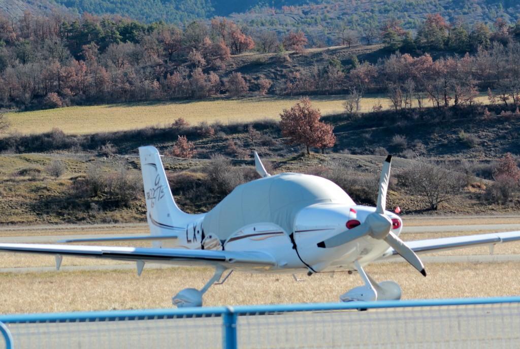 Aérodrome de Gap-Tallard [LFNA-GAT] Serrec20