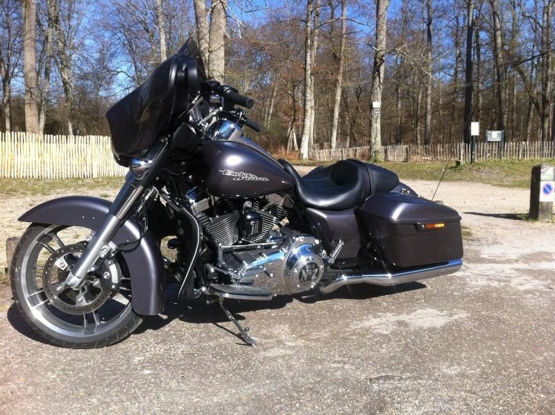 combien de STREET GLIDE  sur le forum Passion-Harley - Page 5 Img_2210