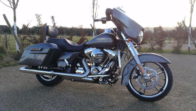 combien de STREET GLIDE  sur le forum Passion-Harley - Page 3 Sg_29_11