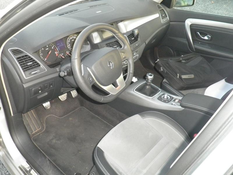 [Greglag3dcivente]Laguna 3-2011 GT-4C 150ch fap-cuir-bose-xénon P9020010