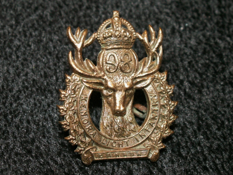 98th Kenora Light Infantry Cap Badge 9810