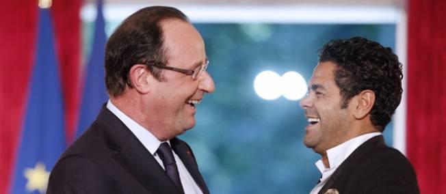 Hollande à Trappes avec Jamel Debbouze pour un match d'improvisation Debbou10
